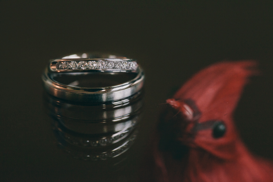 creative wedding ring photos