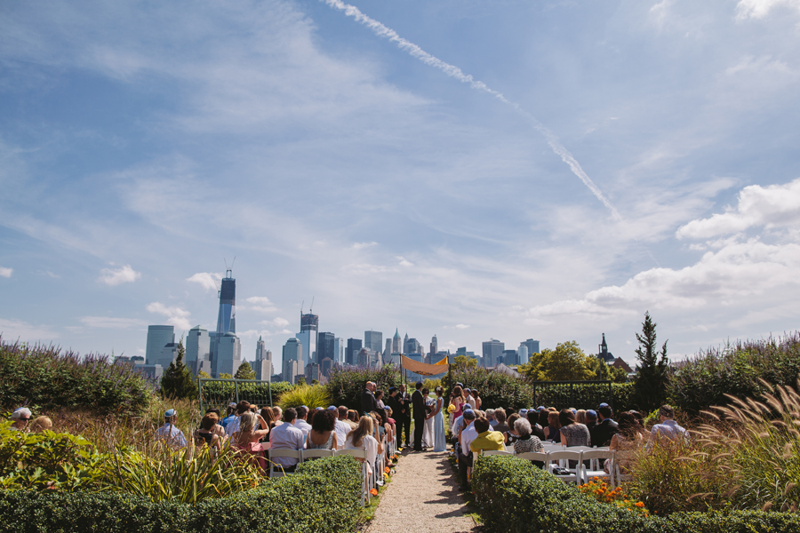 wedding ceremony in front of nyc skyline