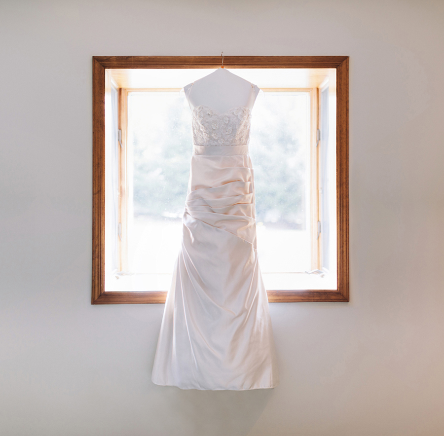 wedding photo of wedding dress
