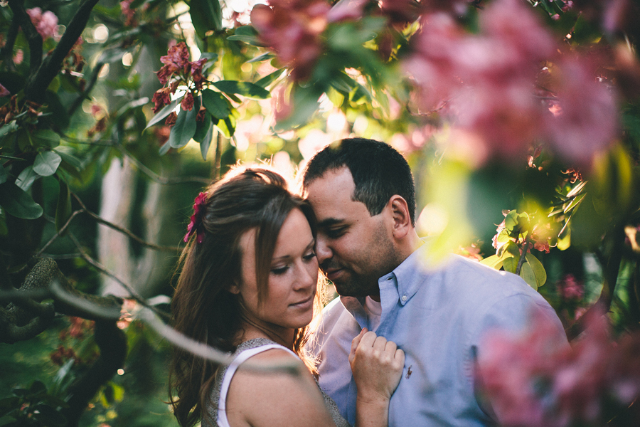 Sayen Gardens Hamilton NJ Flowers Engagement Photo