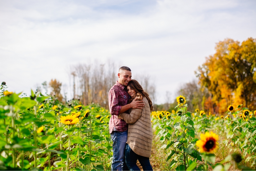Sunflower engagement sessions