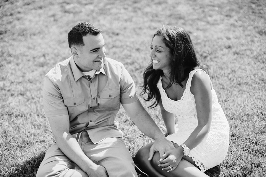 black-and-white-engagement-session10