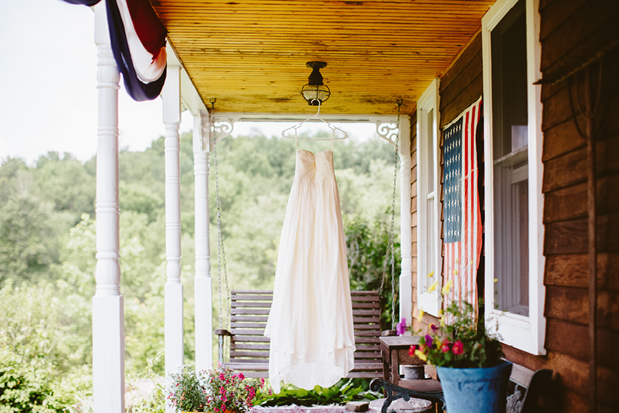 Fiddle Lake Farm Wedding Dress Photo