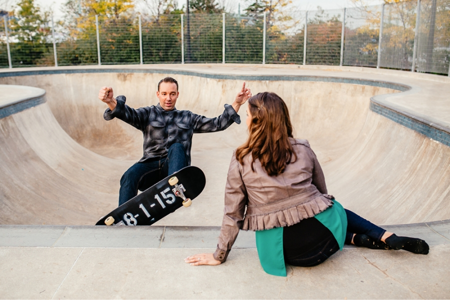 skateboard-engagement-photos