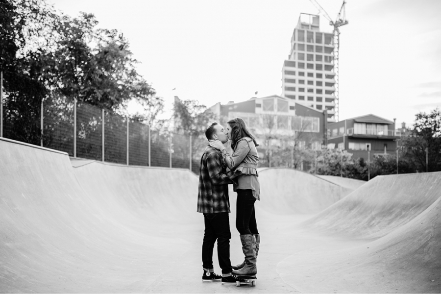 skateboard-engagement-photos25
