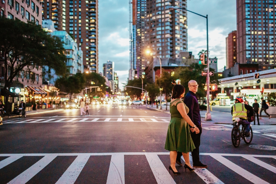 sunset-engagement-session-in-manhattan_0026