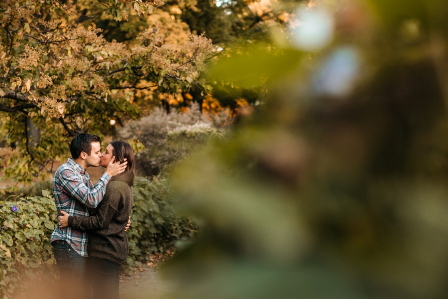 fall-engagement-photos-in-central-park_0023