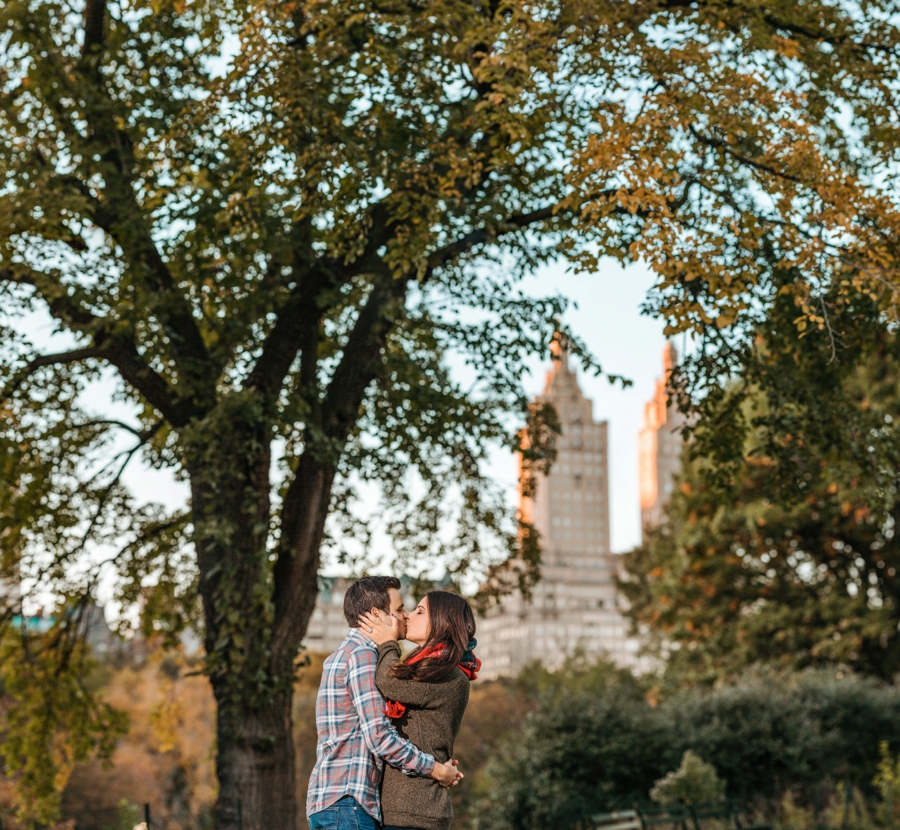 fall-engagement-photos-in-central-park_0035