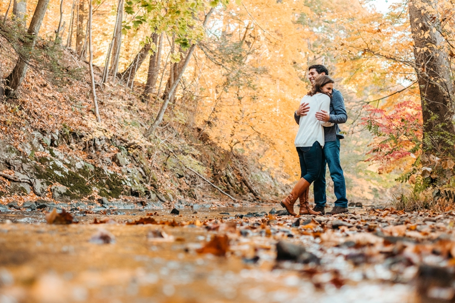 fall-engagement-session-in-nj_008