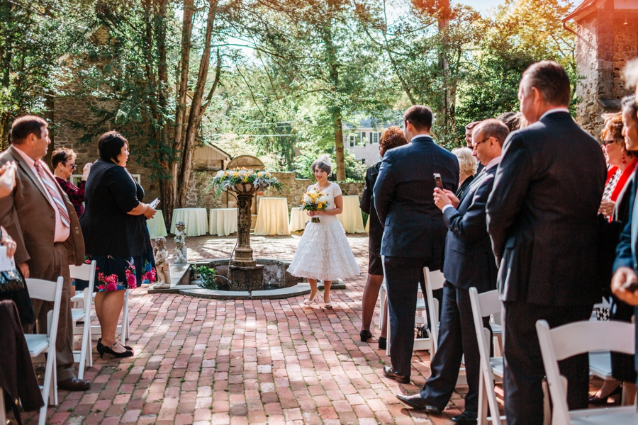 weddings-at-holly-hedge-estate-in-new-hope_0041