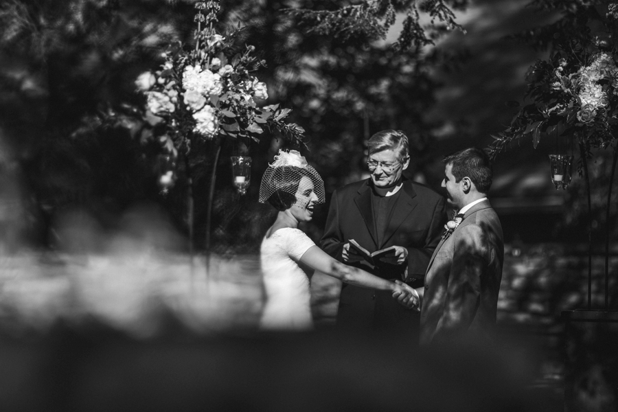 weddings-at-holly-hedge-estate-in-new-hope_0044