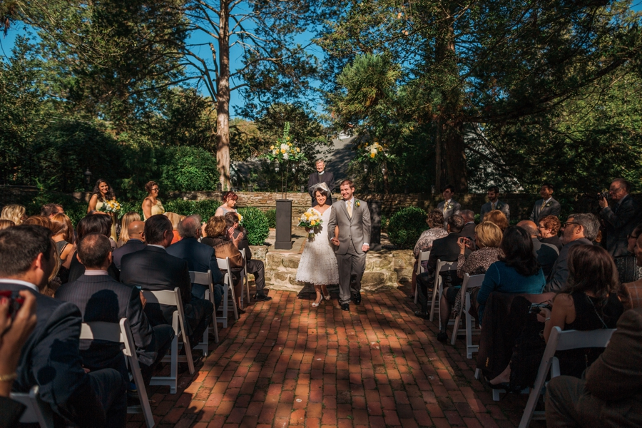 weddings-at-holly-hedge-estate-in-new-hope_0047