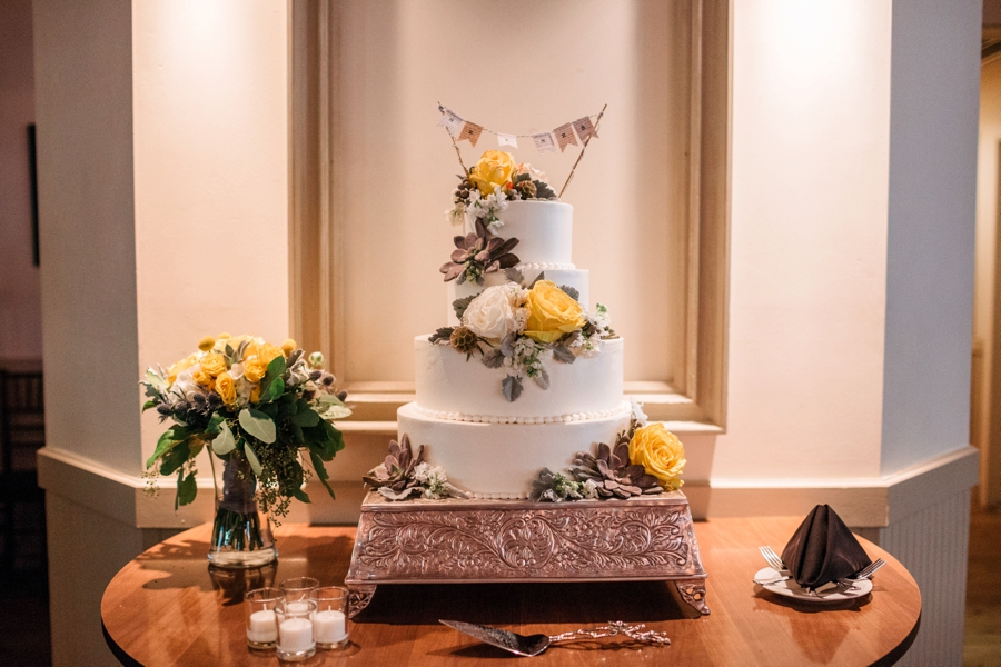 weddings-at-holly-hedge-estate-in-new-hope_0053