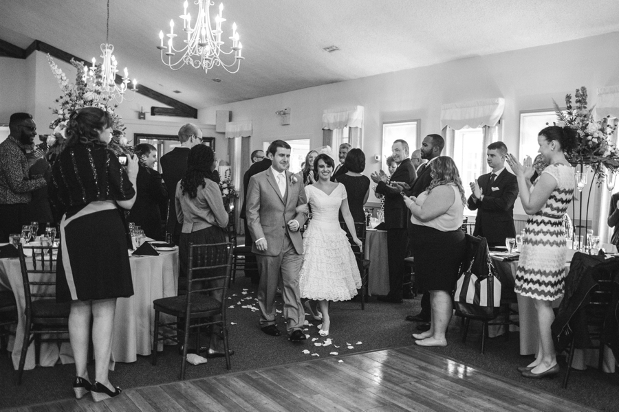 weddings-at-holly-hedge-estate-in-new-hope_0056