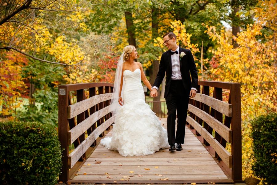fall-wedding-at-pearl-river-hilton_0066