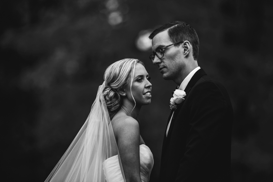 fall-wedding-at-pearl-river-hilton_0068