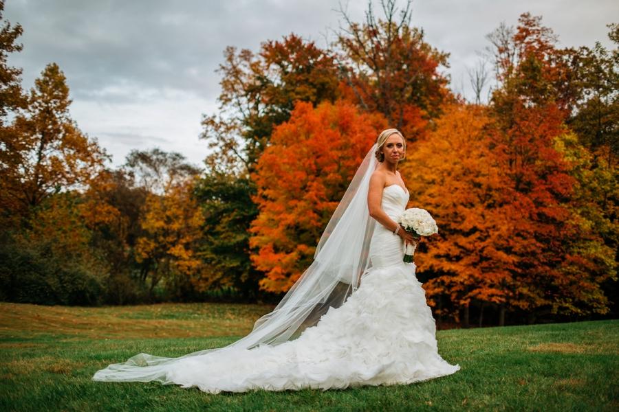 fall-wedding-at-pearl-river-hilton_0070