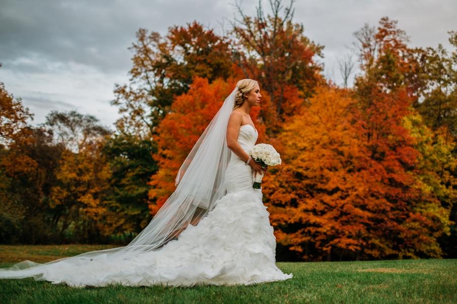 fall-wedding-at-pearl-river-hilton_0071