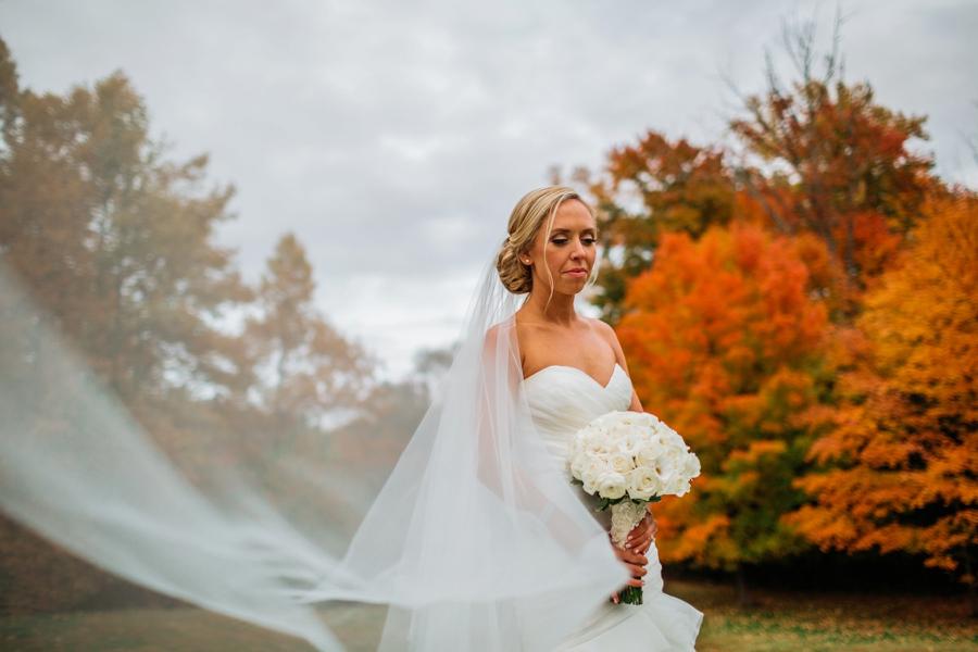 fall-wedding-at-pearl-river-hilton_0073