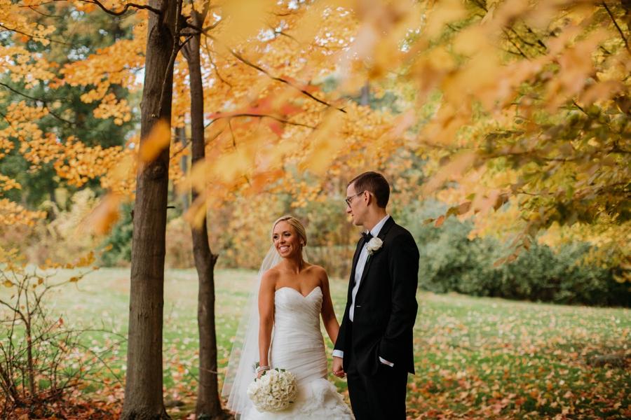 fall-wedding-at-pearl-river-hilton_0077