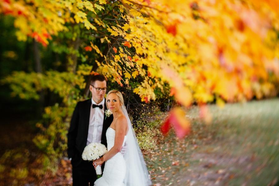 fall-wedding-at-pearl-river-hilton_0080