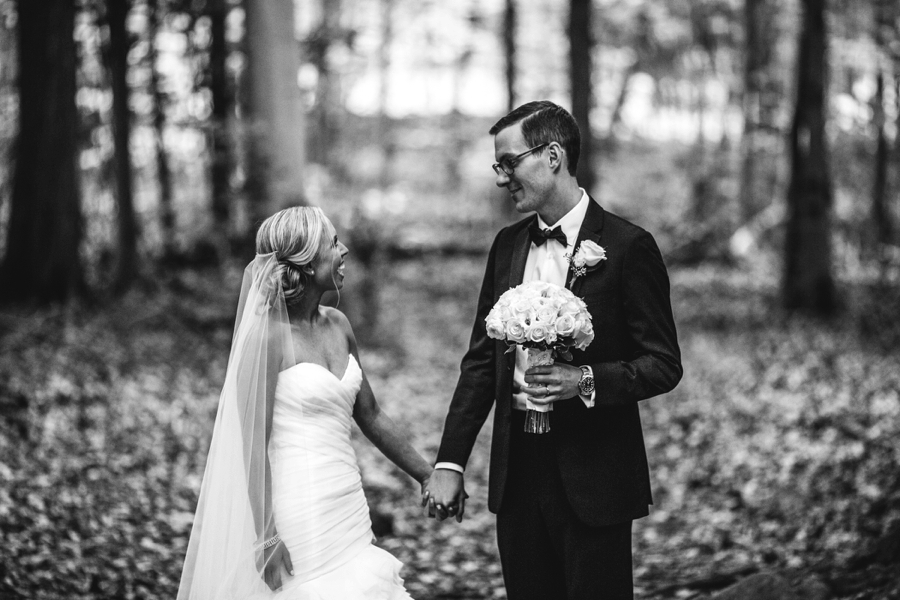 fall-wedding-at-pearl-river-hilton_0082