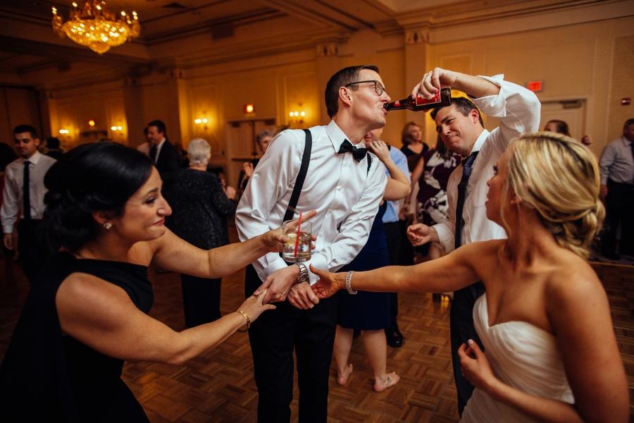 fall-wedding-at-pearl-river-hilton_0108