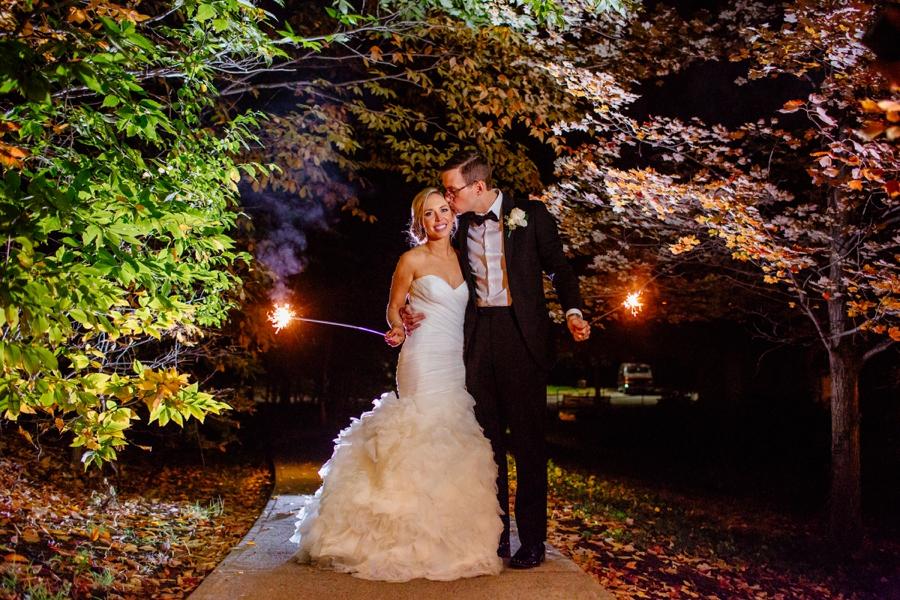 fall-wedding-at-pearl-river-hilton_0113