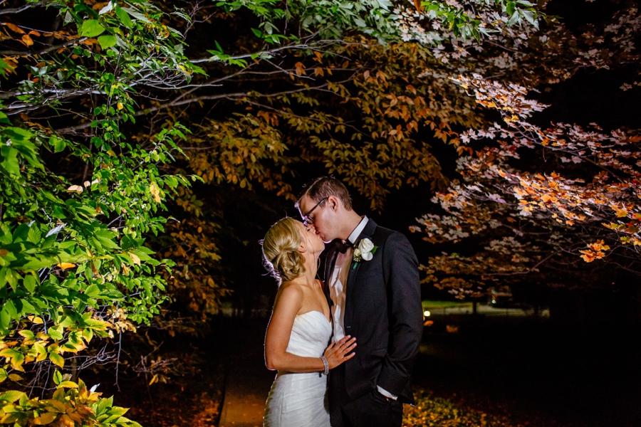 fall-wedding-at-pearl-river-hilton_0114