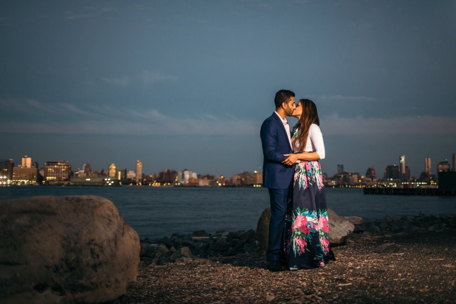 hoboken-engagement-session-documentary-wedding-photographers_0024