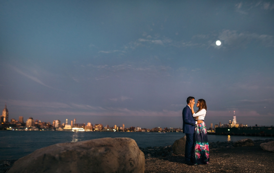 hoboken-engagement-session-documentary-wedding-photographers_0025