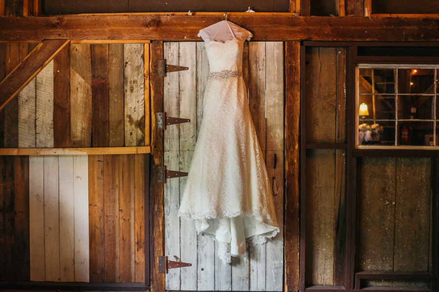 wedding-at-the-loft-at-jacks-barn_0006