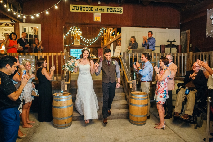 wedding-at-the-loft-at-jacks-barn_0098