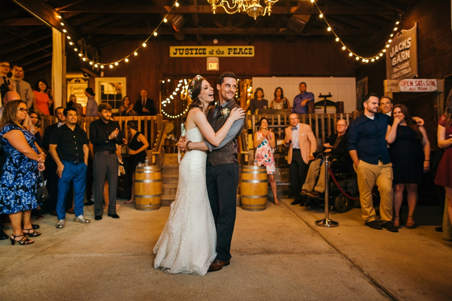wedding-at-the-loft-at-jacks-barn_0109