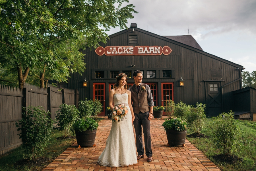 wedding-at-the-loft-at-jacks-barn_0121