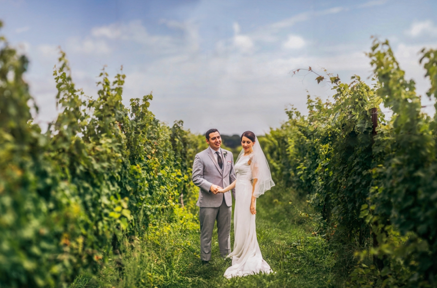 saltwater-farm-vineyard-connecticut-wedding_0026