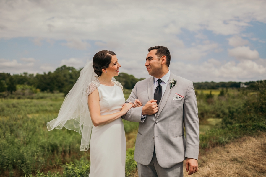 saltwater-farm-vineyard-connecticut-wedding_0030
