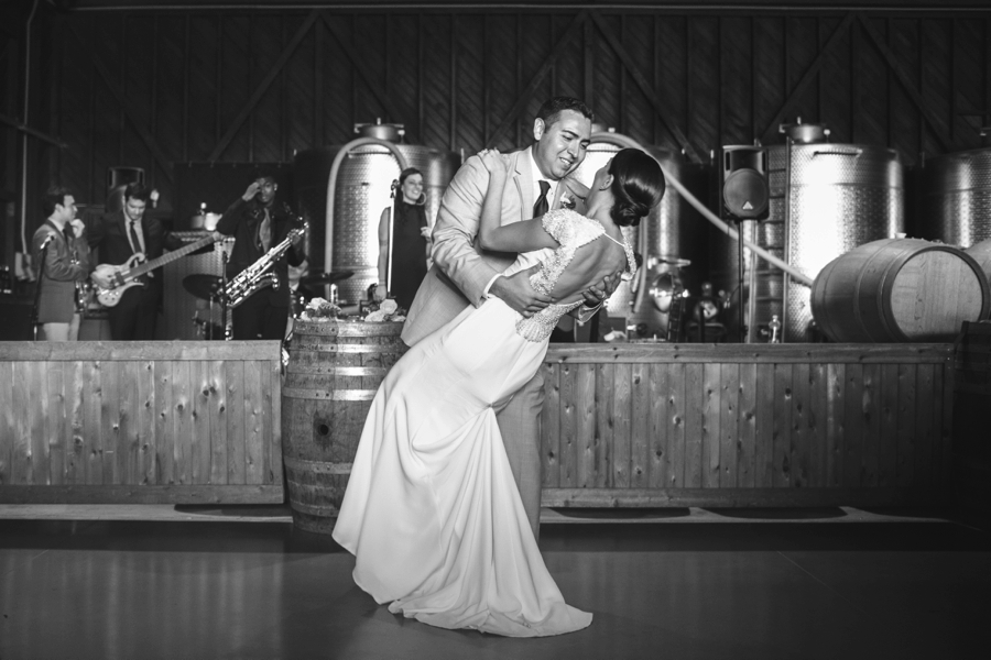 saltwater-farm-vineyard-connecticut-wedding_0072