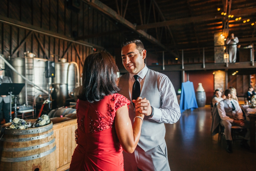 saltwater-farm-vineyard-connecticut-wedding_0093