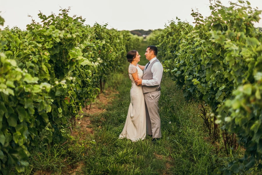 saltwater-farm-vineyard-connecticut-wedding_0097
