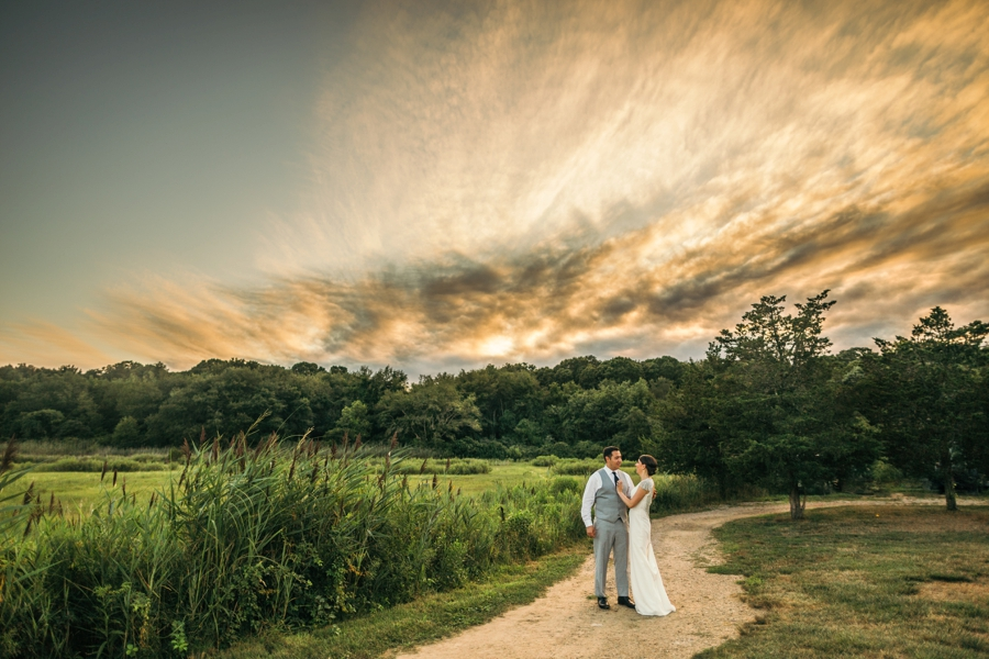 saltwater-farm-vineyard-connecticut-wedding_0100